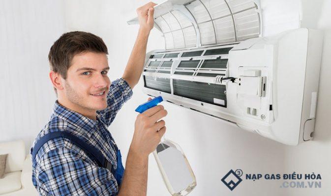 Cách bảo dưỡng điều hòa treo tường tiết kiệm 150k, không cần thợ