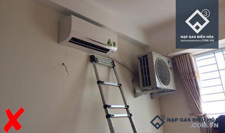 Hỏi đáp: Cục nóng điều hòa để trong nhà có sao không?