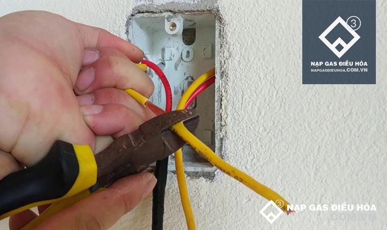 Xử lý dây điện nguồn đầu vào nếu bị đứt